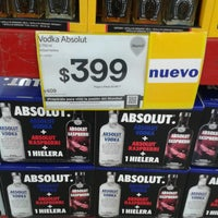 Photo taken at Sam's Club by Hector T. on 5/23/2014