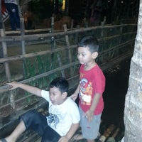 Photo taken at Kampung Makan by Mommy Adiva on 10/25/2014
