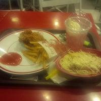 Photo taken at KFC by Hafid D. on 8/11/2014
