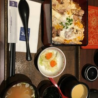 Photo taken at OOTOYA by Zhewilly Z. on 12/25/2016