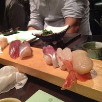 Foto tirada no(a) Sushi Ketsu 榤日本料理 por Justin D. em 4/1/2014