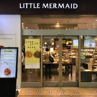 Photo taken at リトルマーメイド 札幌駅店 by Gordon Y. on 4/21/2017