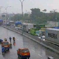 Photo taken at Tol MUKTIHARJO , Semarang , Central Java by Arief T. on 1/18/2014