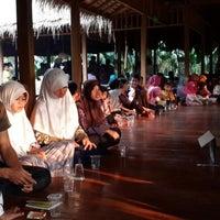 รูปภาพถ่ายที่ Sari Kuring Indah Baros โดย YDwi M. เมื่อ 4/5/2014