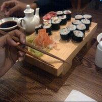 Photo taken at Hatsu Tei Teppanyaki & Sushi by dea m. on 11/9/2013