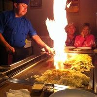 Photo prise au Kaze Japanese Steakhouse & Sushi par Courtney M. le11/16/2013