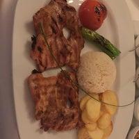 12/7/2017 tarihinde Saif J.ziyaretçi tarafından Restaurant Tuğra'de çekilen fotoğraf