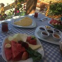 Photo taken at Mediteran Hotel by Özcan KARAHAN on 6/27/2017