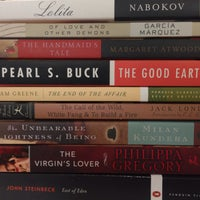 Photo taken at BookSmart by Gustavo Z. on 2/23/2014