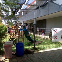 Photo taken at Sekolah Global Mandiri Cibubur by Icha L. on 8/22/2013
