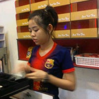Photo taken at Marion Cake & Bakery by Oloan M. on 7/10/2013