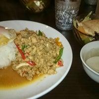 Photo taken at 立川タイ料理レストラン バーンチャーン by akarieakari on 5/3/2015