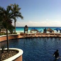 Photo taken at The Ritz-Carlton, Cancun by ShokoTanm on 12/20/2012