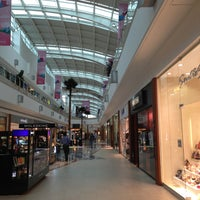 Foto tomada en Galerías Valle Oriente por MrZombieG el 5/11/2013