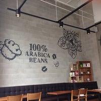 Photo taken at Tom N Toms Coffee by Alorefan A. on 5/24/2014