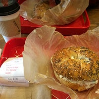 1/30/2015에 Leah C.님이 New York City Bagel & Coffee House에서 찍은 사진