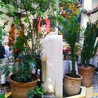 Photo taken at Caravane café by Nobru G. on 10/19/2013