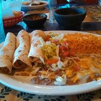 Photo taken at El Azteca Mexican Restaurant by Eliezer G. on 6/13/2013