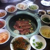 Foto tomada en Biwon por Gisela V. el 2/24/2013