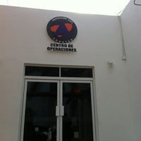 Photo taken at Centro Estatal de Comunicaciones Operaciones y Monitoreo (Procivy) by Ernesto B. on 7/25/2013