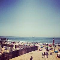 Foto tirada no(a) Praia da Torre por Kaysha em 6/25/2013