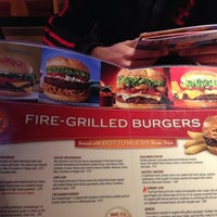 Photo taken at Red Robin Gourmet Burgers by Shaan on 1/9/2013