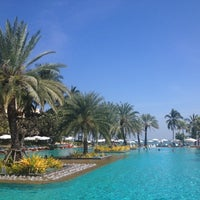 Photo taken at Dusit Thani Hua Hin by Yammy L. on 12/18/2012