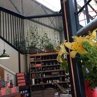 Photo taken at Market Lane Coffee by Diana K. on 1/26/2014