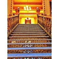 Снимок сделан в Quinta Casa de Correos (Palacio Postal) пользователем Drawo .. 11/30/2012