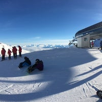 Photo taken at The Remarkables Ski Area by Yoshi Y. on 8/1/2017