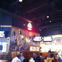 8/2/2012 tarihinde Jason P.ziyaretçi tarafından Buffalo Wild Wings'de çekilen fotoğraf