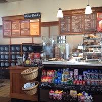 Photo taken at Peet's Coffee & Tea by Raihaneh on 5/10/2014