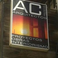 Photo taken at arquitectura y construcción by Ghigo D. on 6/20/2013