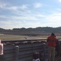Photo taken at ツインリンクもてぎロードコース ビクトリーコーナー by Yankinu on 10/10/2014