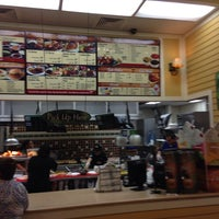 Photo taken at Pollo Tropical by Vander L. on 11/25/2013