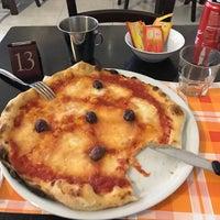 Foto scattata a Gisira Pizza And Drinks da Resul Ç. il 3/10/2017