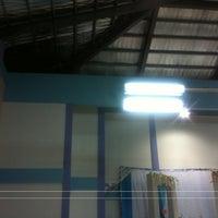 Photo taken at Dewan Badminton Kg. Padang Lalang by MiandrA on 6/7/2013