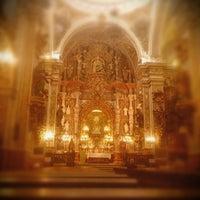 Foto tomada en Basílica Ntra. Sra de las Angustias por Damián C. el 10/27/2013