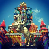 Photo taken at Beto Carrero World by Raphael C. on 2/13/2013