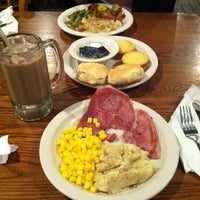 Photo taken at Cracker Barrel Old Country Store by Sean on 6/2/2013