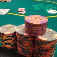 Foto tomada en Caesars Palace Poker Room por Bob Y. el 6/27/2013