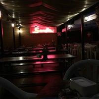 Foto diambil di Sandia Tropical Pub oleh Elia F. pada 7/9/2016