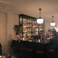 Photo prise au Chez Ma Tante par Noah W. le2/16/2018