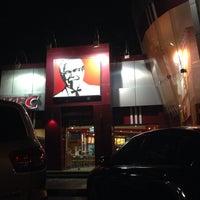 Photo taken at KFC كنتاكي by Froilan B. on 9/21/2013