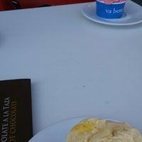 Foto tomada en come va gelati e caffe' por Ali C. el 5/16/2014
