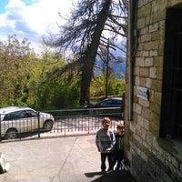 Photo taken at Χουλιαράδες by Μήτσος Σ. on 5/18/2014