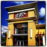 Photo taken at Toks by Antonio M. on 9/22/2012