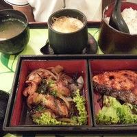 Photo taken at Sakae Sushi by Shirley L. on 11/13/2012
