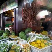 Foto tirada no(a) Kioske Frutas Da Fruta Mercadao por Luiza C. em 1/7/2013