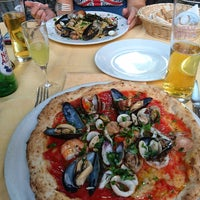 Photo taken at Antica Pizzeria e Ristorante Port'Alba by Tudor G. on 9/16/2016